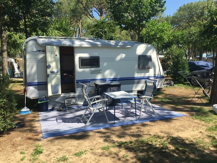 Wohnwagen Etagenbett Breite : Klima familien wohnwagen mit etagenbett campanda