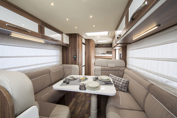 luxury 6 berth motorhome hire 2018 model 76939010 campanda co uk