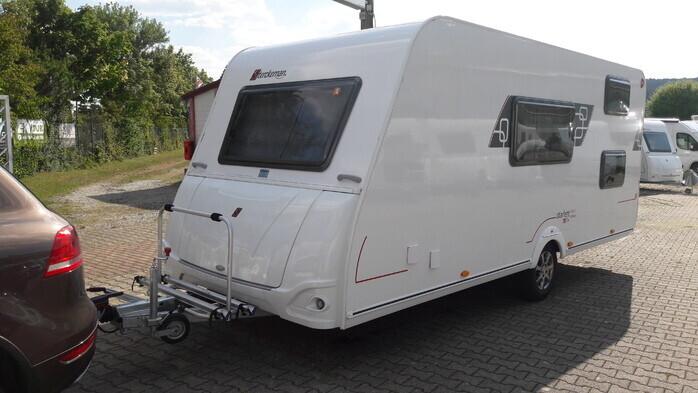 Wohnwagen Mit Etagenbett Längs : Etagenbetten und doppelbett ideal für 4 45934987 campanda.de