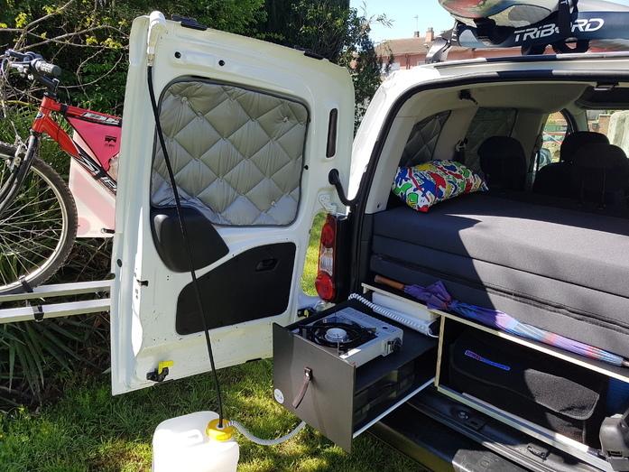 Mini Kühlschrank Zum Campen : Mini kühlschrank für camper dms liter mini kühlschrank u