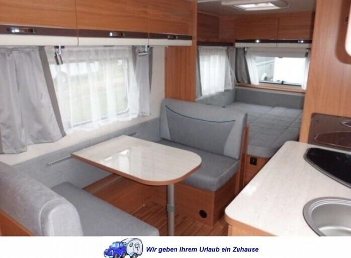 Wohnwagen Mit Etagenbett Und Französischem Bett : Weinsberg fdk mit er stockbett campanda
