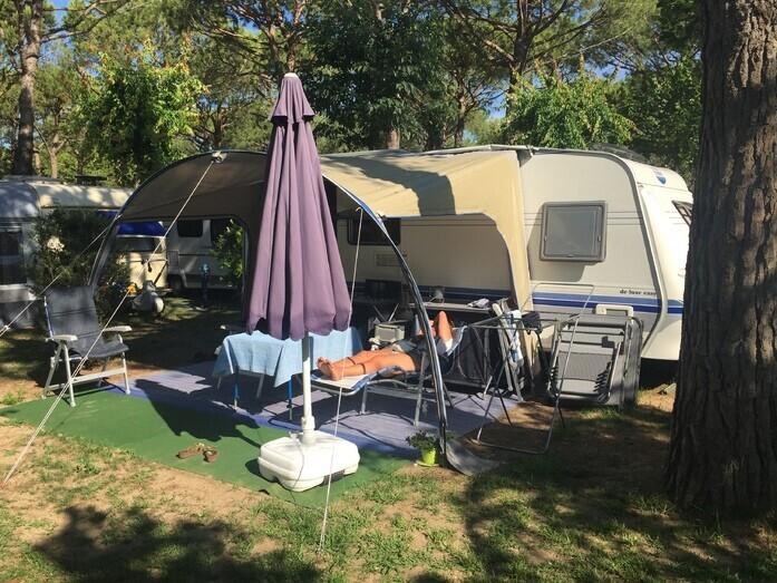Wohnwagen Mit Zwei Etagenbetten : Kip sunline t etagenbett pers wc vorzelt km wohnwagen